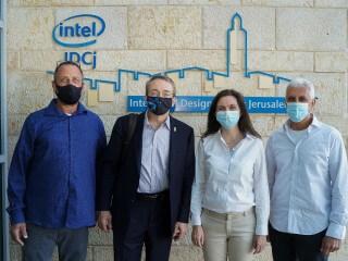 אינטל ומובילאיי מרחיבות את ההשקעות בישראל עם מרכזי מופ חדשים וכושר ייצור מוגדל