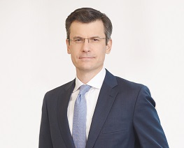 Mark Haefele UBS